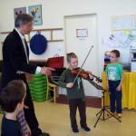 Tak se hraje na housličky